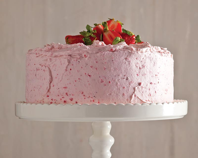 Light Fluffy Vanilla Cake Recipes Scratch: Champagne Cake With Fluffy Strawberry Frosting