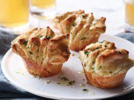 Parmesan-Gouda Fantails
