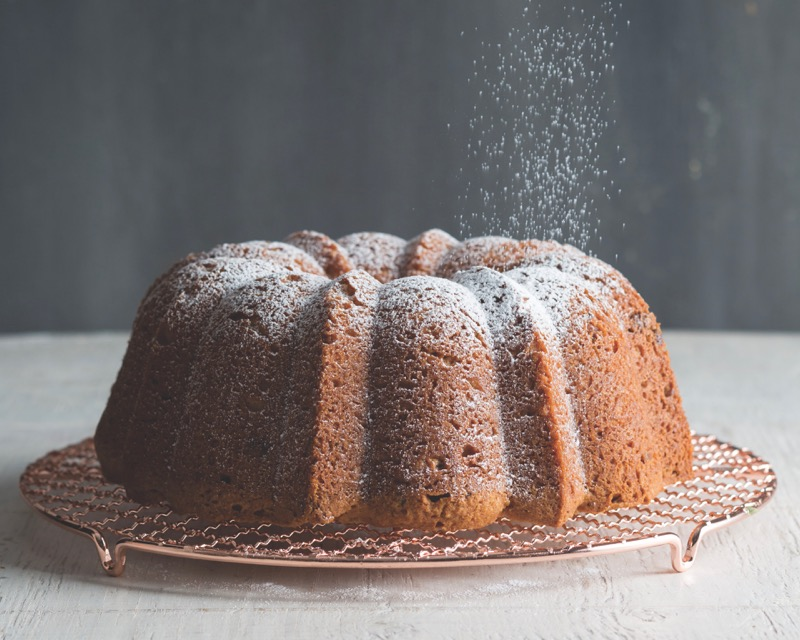 Italian Yeast Cake Recipes: Italian Cream Bundt Cake