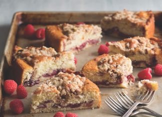 Raspberry-Buttermilk Coffee Cake