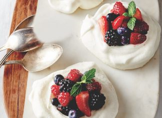 Meringue Nests with Berries