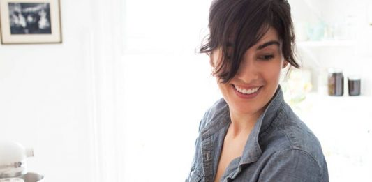 Yossy Arefi Interview