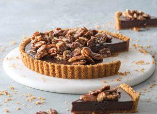 Chocolate Tart with Honey-Glazed Pecans