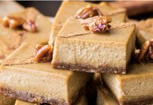 Gingerbread Cheesecake Bars