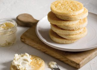 Traditional Crumpets