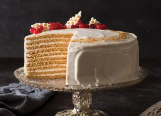 10-Layer Spiced Russian Honey Cake