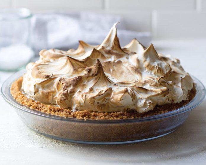 Chai Spice Caramel Pie
